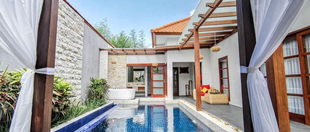 pool view1