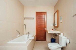 Bathroom-in-Junior-Suite-2